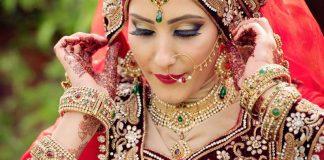 عروس هندی آرایش شده