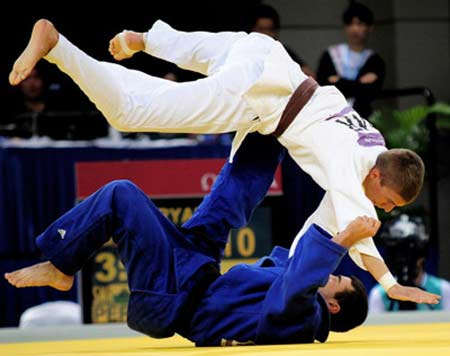 بهترين ورزش رزمي در ايران و جهان براي دفاع شخصي يا قهرماني كدام است؟ چ