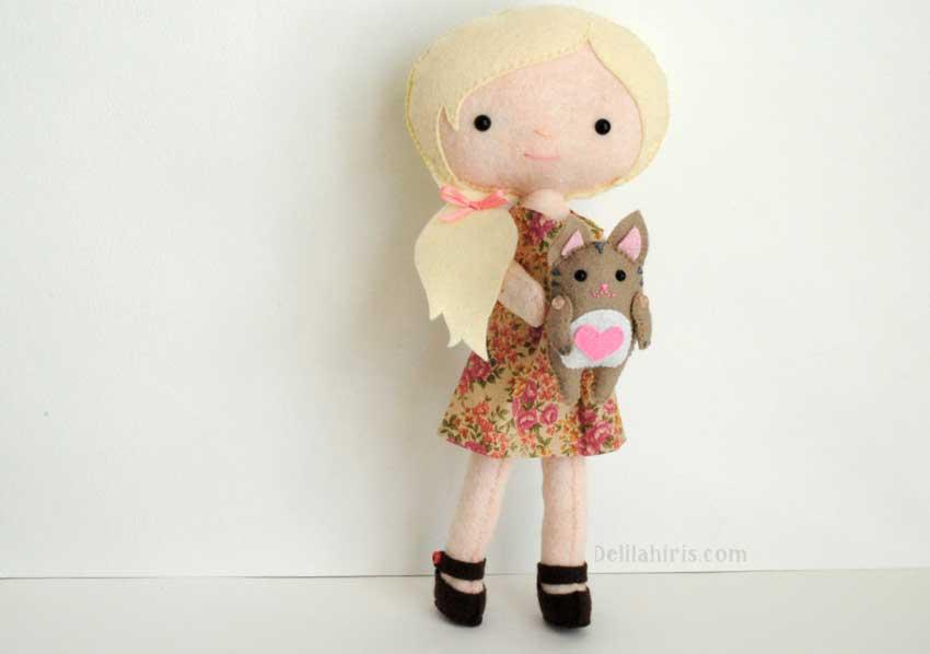 نمونه ای از یک عروسک نمدی