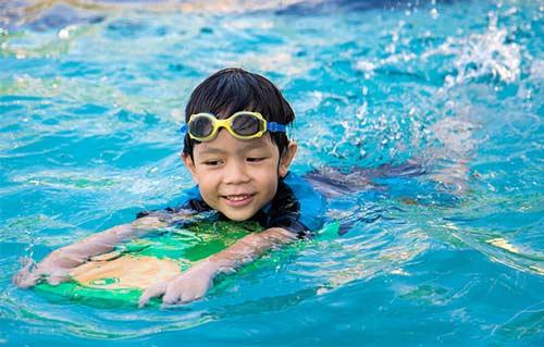 آموزش شنا به کودکان 5