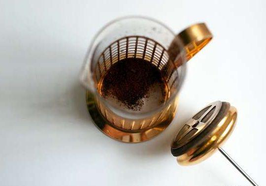 طرز تهیه قهوه اسپرسو بدون دستگاه 1
