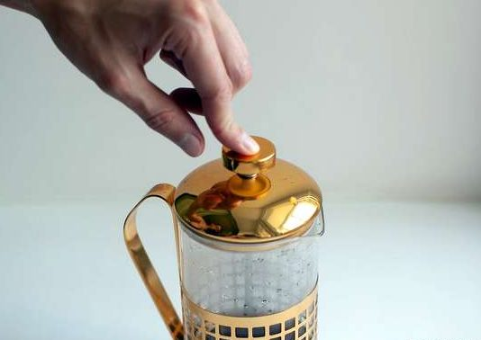 طرز تهیه قهوه اسپرسو بدون دستگاه 5