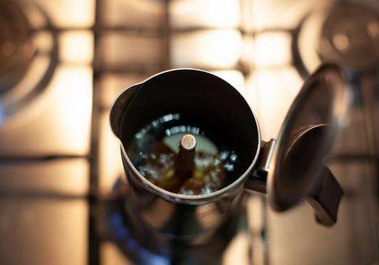 طرز تهیه قهوه اسپرسو بدون دستگاه 9