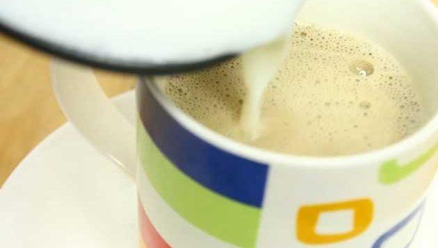 طرز تهیه قهوه با شیر 8