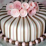 نحوه تزئین کیک تولد 30