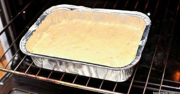 طرز تهیه کیک ماست 6