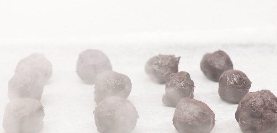 طرز تهیه ترافل شکلاتی 8