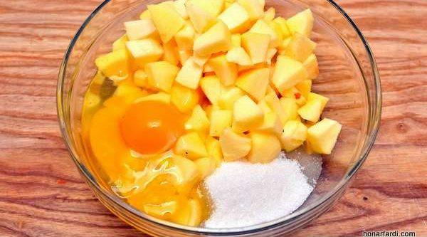 طرز تهیه کیک سیب 3