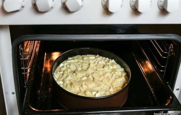 طرز تهیه کیک سیب 14