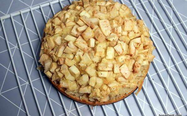 طرز تهیه کیک سیب 15