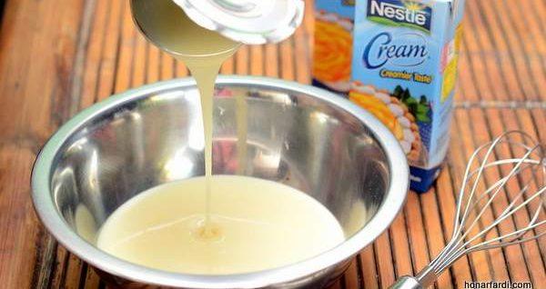 طرز تهیه کیک انبه یخچالی 3