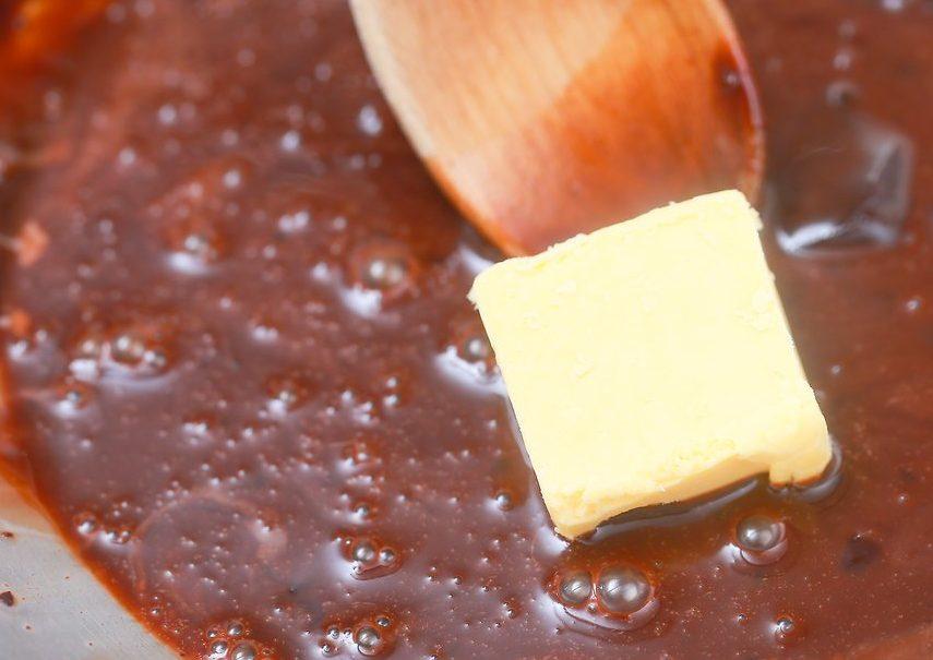 طرز تهیه سس شکلات 5
