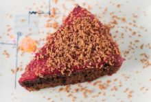 Photo of طرز تهیه کیک کاکائویی با 2 روش ساده (فوق العاده دلچسب)