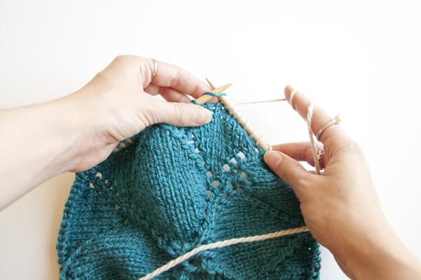 knitting_blanketsquare_color2.jpg