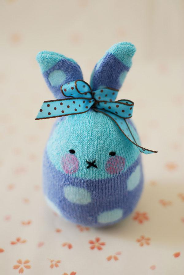 sock-bunny-tutorial-bow-bunny.jpg