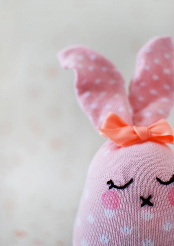 sock-bunny-tutorial-pinkt-bunny.jpg