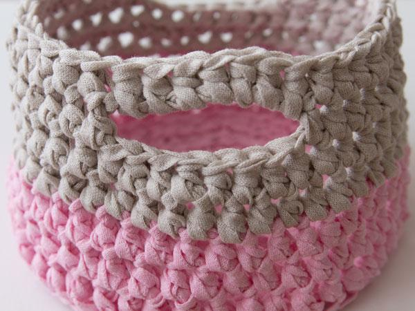 wink-crafttuts-crochet-basket-step15.jpg