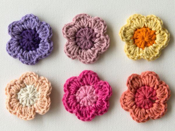 wink-crochet-flower-finished1.jpg