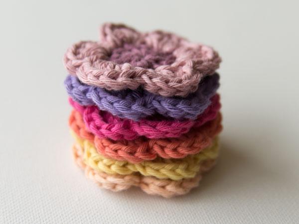 wink-crochet-flower-finished2.jpg