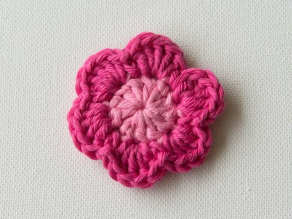 wink-crochet-flower-step9.jpg