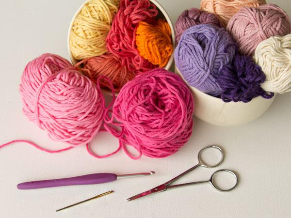 wink-crochet-flower-supplies.jpg