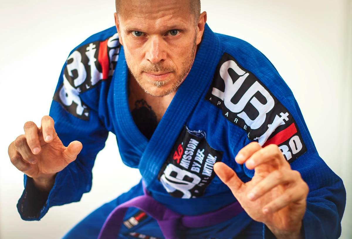 C:\Users\Danei\Desktop\saman joon\axx\brazilian-jiu-jitsu-bjj-fitness-Self-Defense-Martial-Arts-pb.jpg