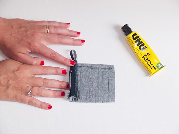 glue-and-roll-tassel.jpg