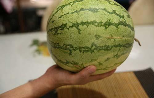 به دنبال یک هندوانه با شکل یکنواخت باشید