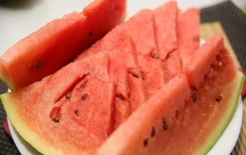 یک هندوانه عالی برای تابستان