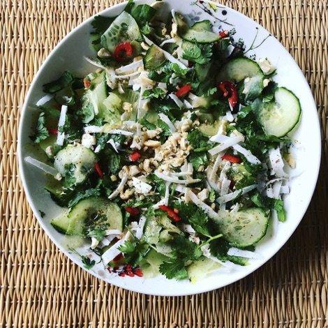 https://cdn-0.21dayhero.com/wp-content/uploads/salad-coco.jpg