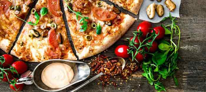 پیتزای خانگی