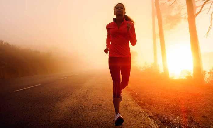 دویدن خانم در صبح