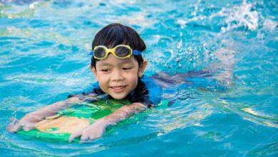 در حال یادگیری شنا