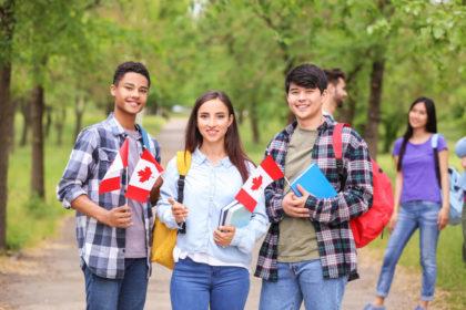 https://collegelearners.com/wp-content/uploads/2021/04/Study-in-Canada_272614249-420x280_c.jpg